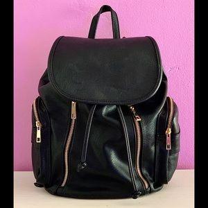Black Faux Leather SchoolBag📚✏️💁🏻♀️